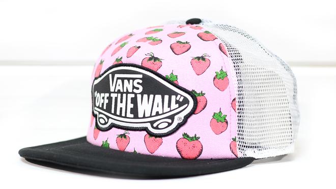 Vans Beach Girl Trucker Strawberries