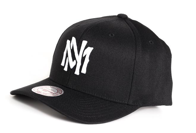 Mitchell & Ness High Crown Flexfit 110 Snapback Black