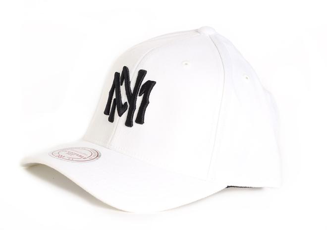 Mitchell & Ness High Crown Flexfit 110 Snapback White