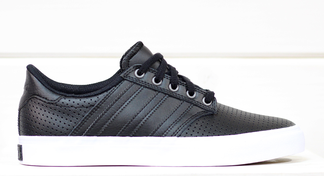 Adidas Seeley Premiere Classified Core Black