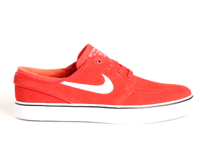 Nike SB Janoski Max Orange   White - Black - Boardvillage 3a3ec852969d
