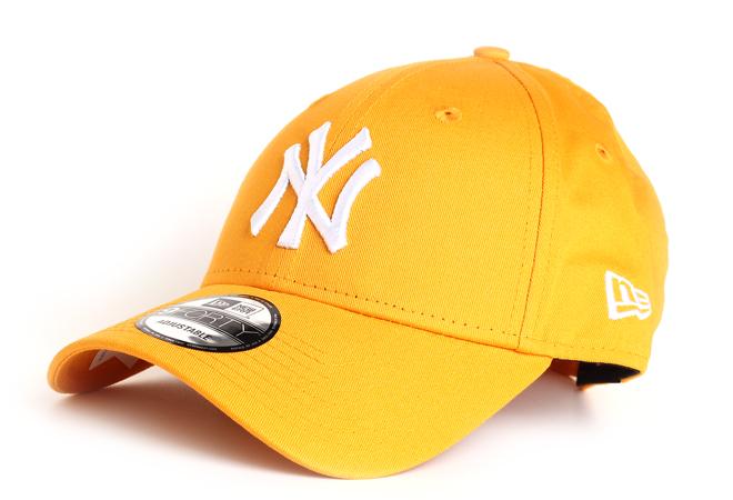New Era 940 New York Yankees Gold / White