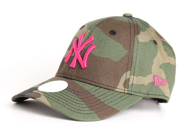 New Era 940 New York Yankees Camo / Hot Pink