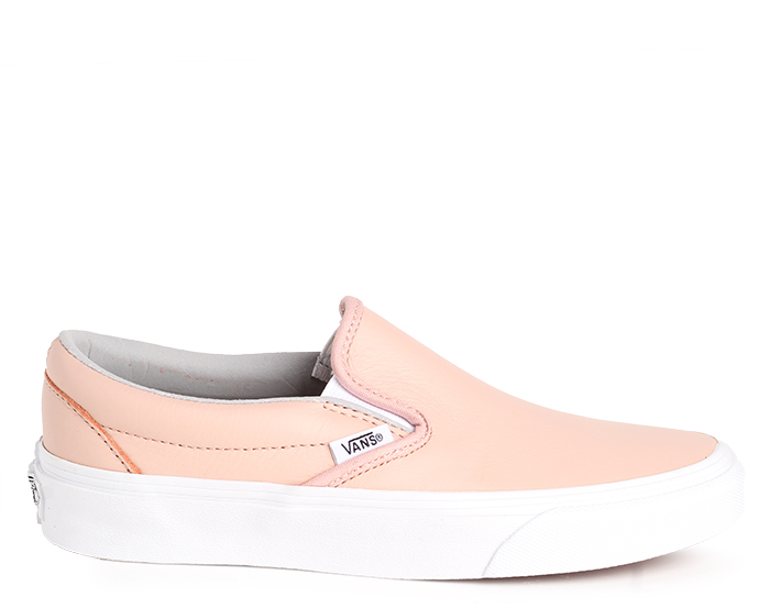 c978cf6fb132 Vans Classic Slip-On Leather Oxford   Evening Sand - Boardvillage