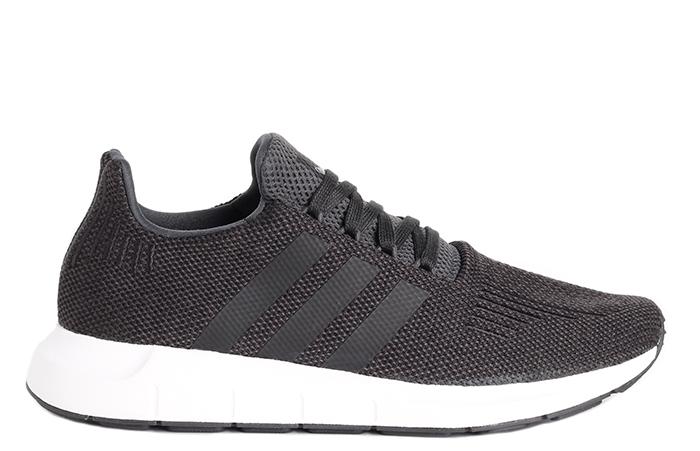 Adidas Swift Run Black / Carbon / Medium Grey Heather