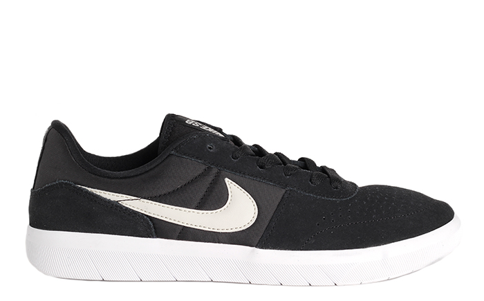 wholesale dealer 9df84 58b41 Nike SB Team Classic Black   Light Bone - White