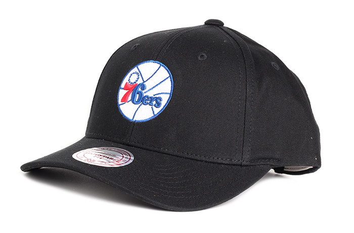 Mitchell & Ness Team Logo Low Pro Philadelphia 76ers