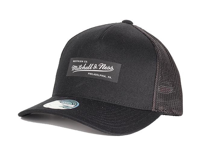 Mitchell & Ness Pinscript Patch 110 Trucker Snapback Black