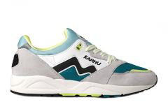 "Karhu Aria ""Catch of the Day"" Bright White / Oceans Depths"